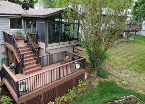 outdoor patio with garden